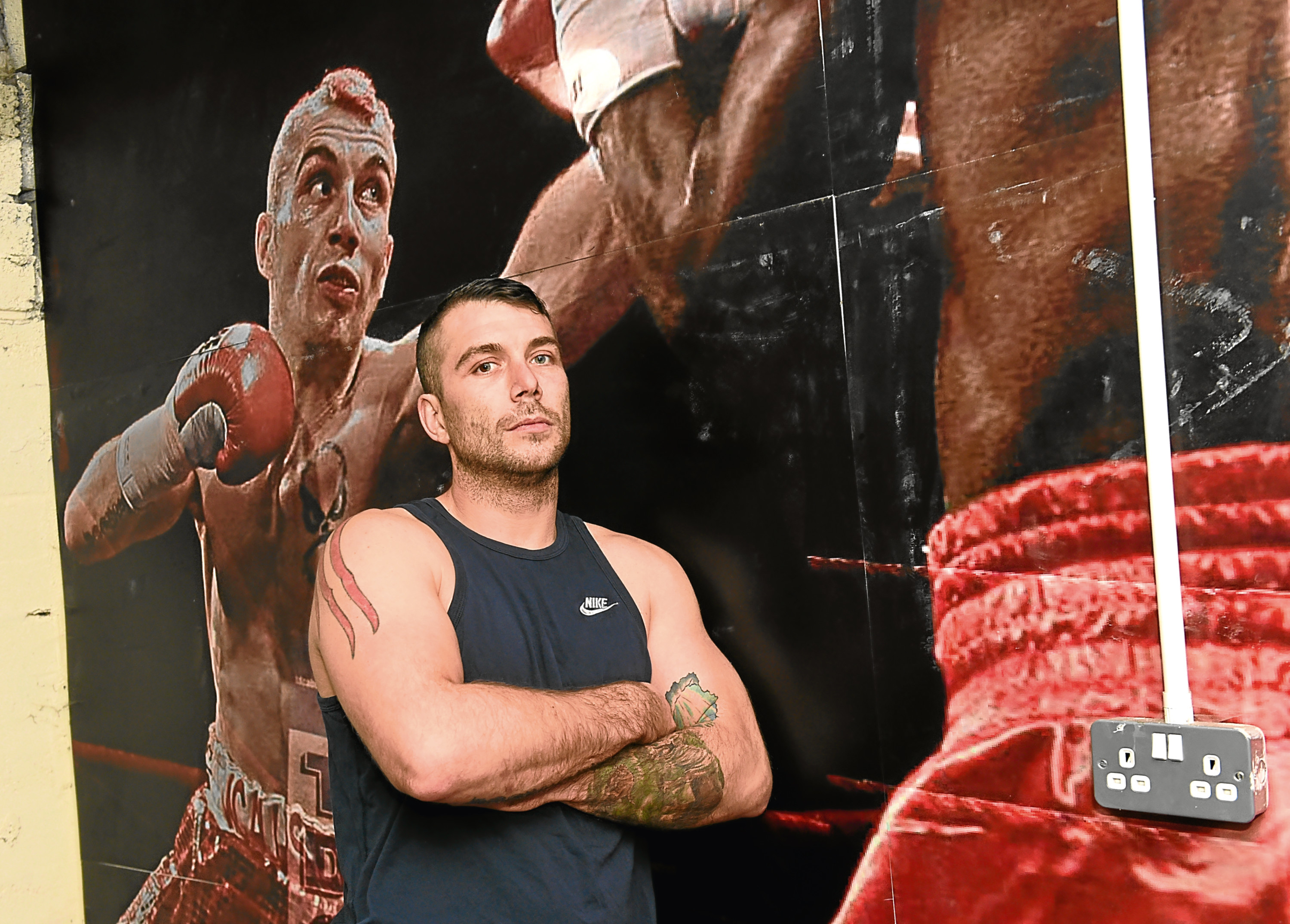 Lee McAllister is set to fight for a title in Aberdeen next month.