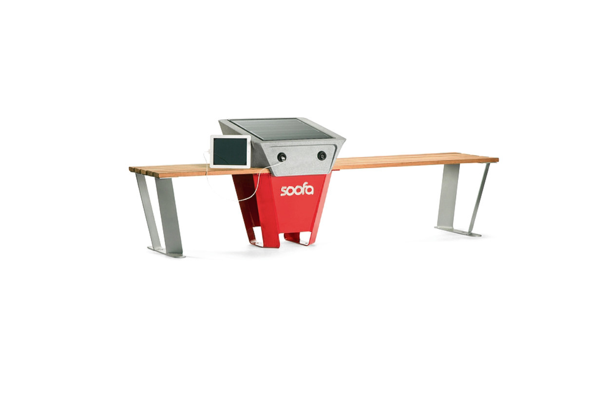 Students from Robert Gordon University and the University of Aberdeen have collaborated on a project which will install smart benches in the city centre.
