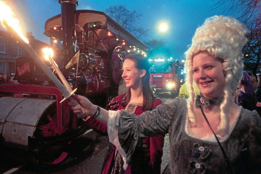 1995: University of Aberdeen students Jenni Johnstone and Jillian Allison enjoy the Torcher procession.
