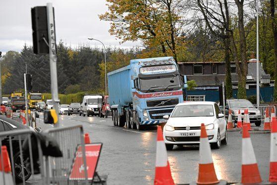 Traffic on  North Deeside Road