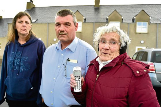 OLD SCHOOL PLACE,STRICHEN, RESIDENTS (L TO R) LIN PEARCE, GREG PEARCE AND VIOLET MAITLAND HAVE BEEN WITHOUT A TELEPHONE LANDLINE SINCE THEY MOVED IN FOUR MONTHS AGO.