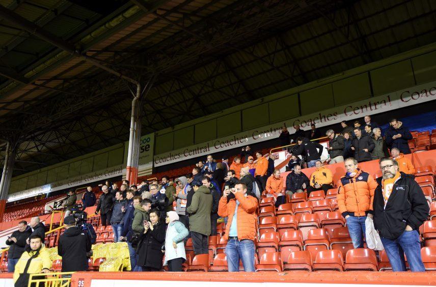 Holland fans.