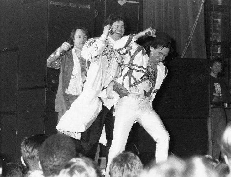 1989: Sixties pop group The Monkees took the Capitol by storm.