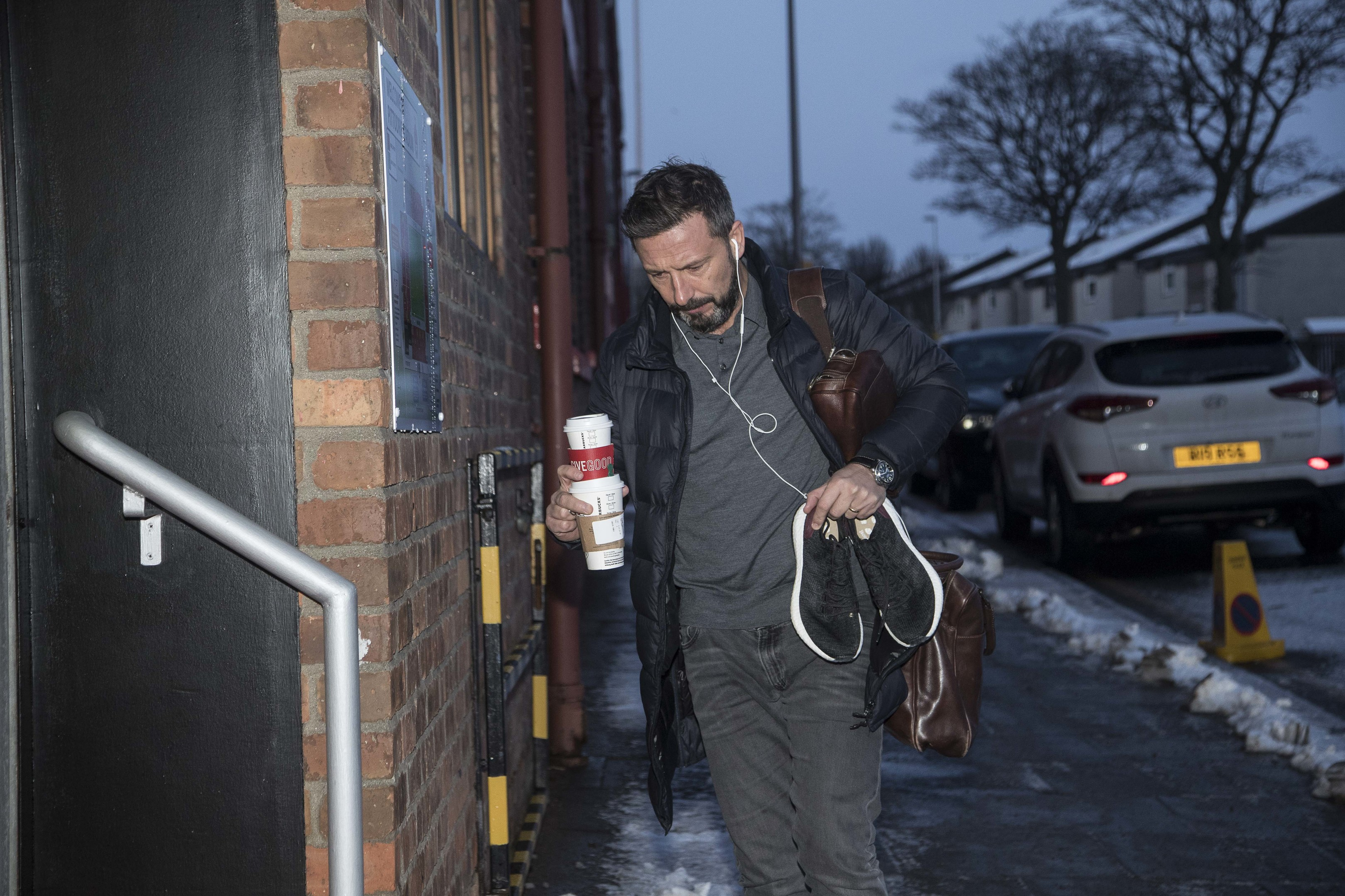 Dons boss Derek McInnes arrived at Pittodrie this morning.