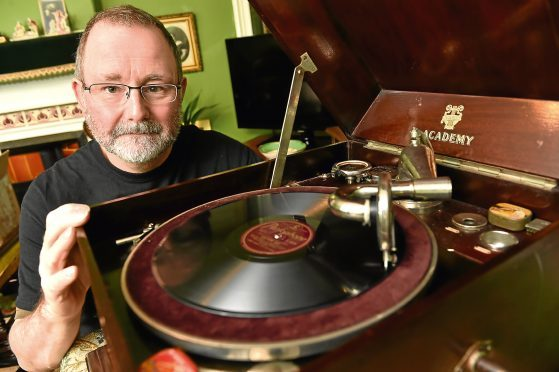 William Rimme has been going into care homes and playing wartime records for residents.