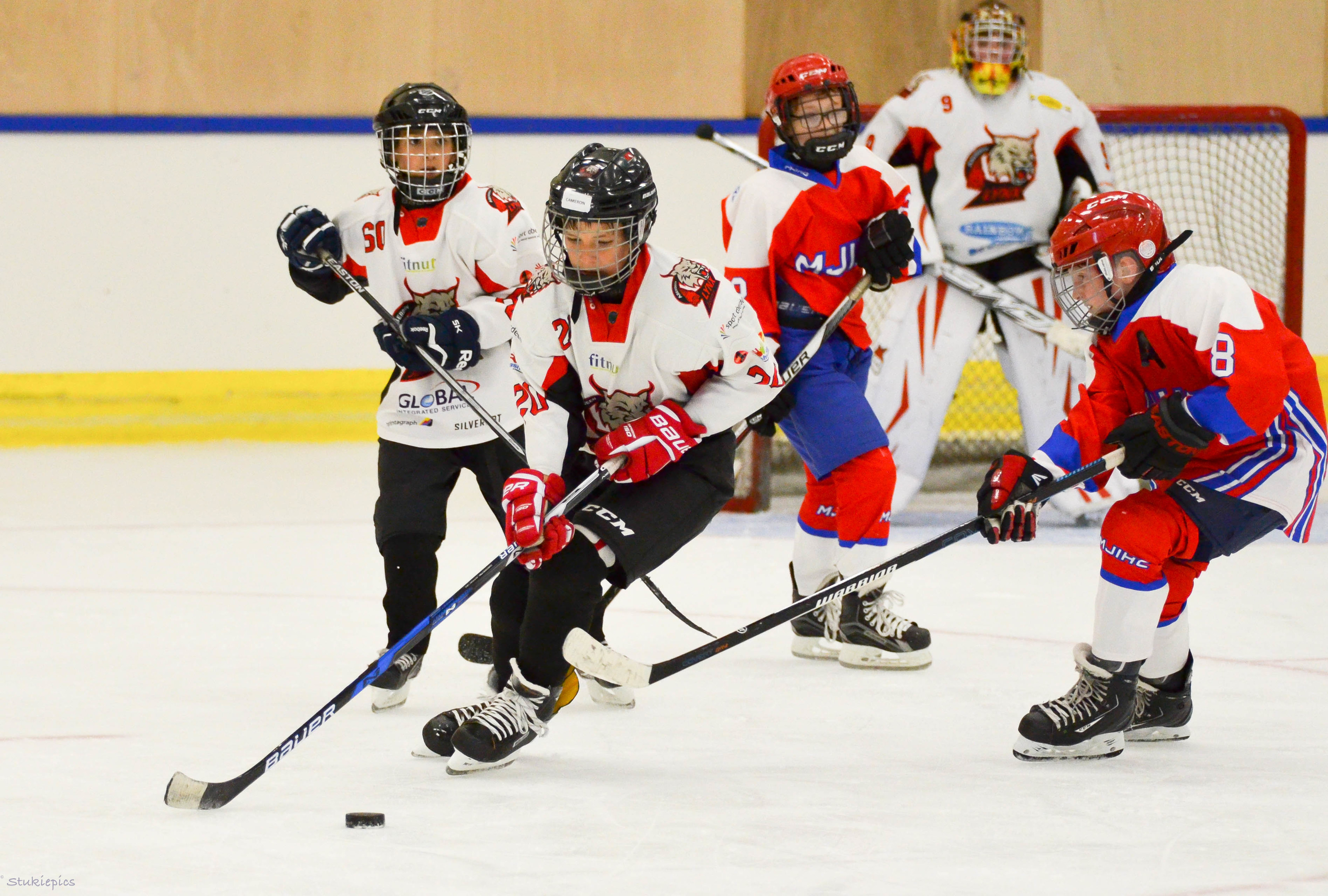 Aberdeen Lynx want to hear from youngsters keen to play ice hockey - even if they've never picked up a stick before.