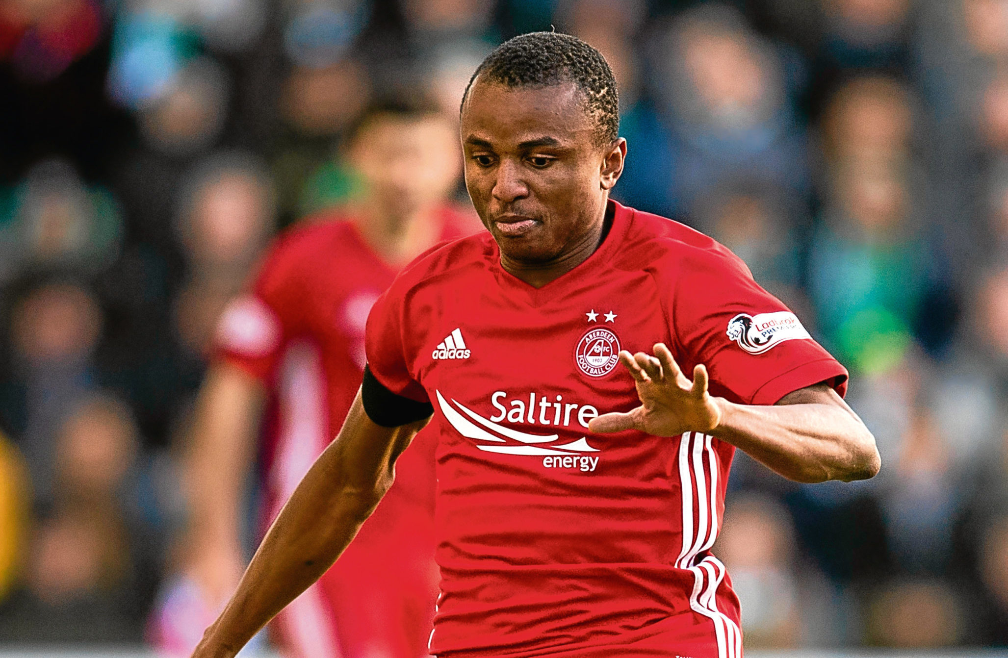 Chidi Nwakali in action for Aberdeen.
