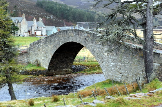 The Gairnshiel bridge