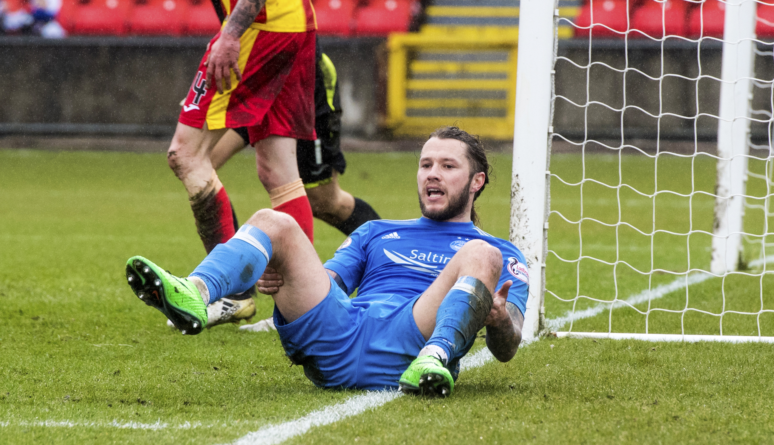 Stevie May after missing a chance for Aberdeen against Partick.