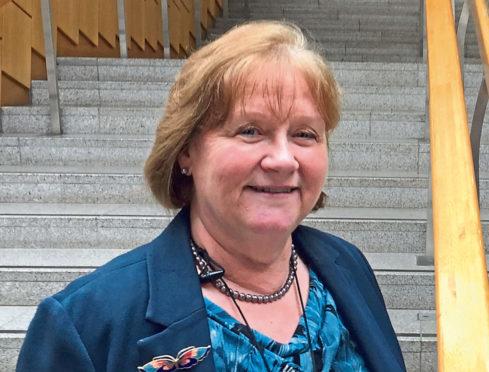 MSP Maureen Watt has praised new funding to help vulnerable people stay connected