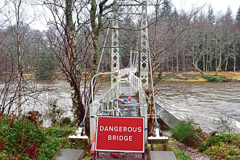The heavily damaged Cambus o'May footbridge after Storm Frank.