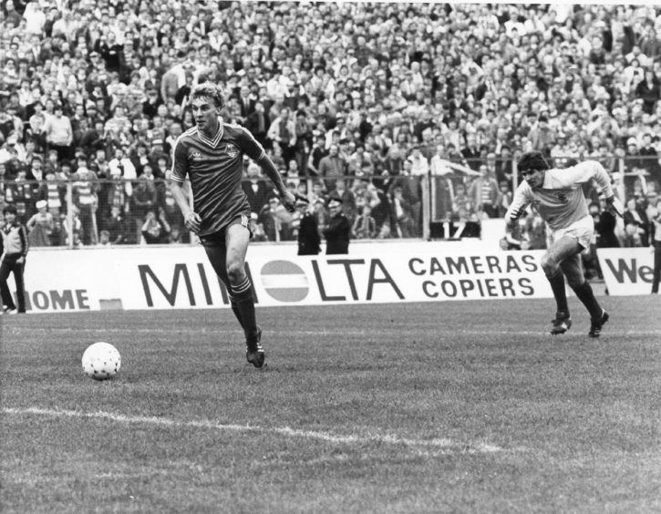Neale Cooper racing away from stranded Gers keeper Jim Stewart to score goal No. 4.  Scottish Cup Final 1982, Aberdeen 4  - Rangers 1.