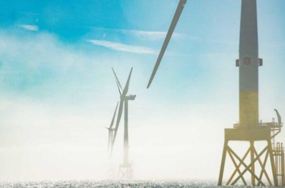 Vattenfall final turbine installation 4