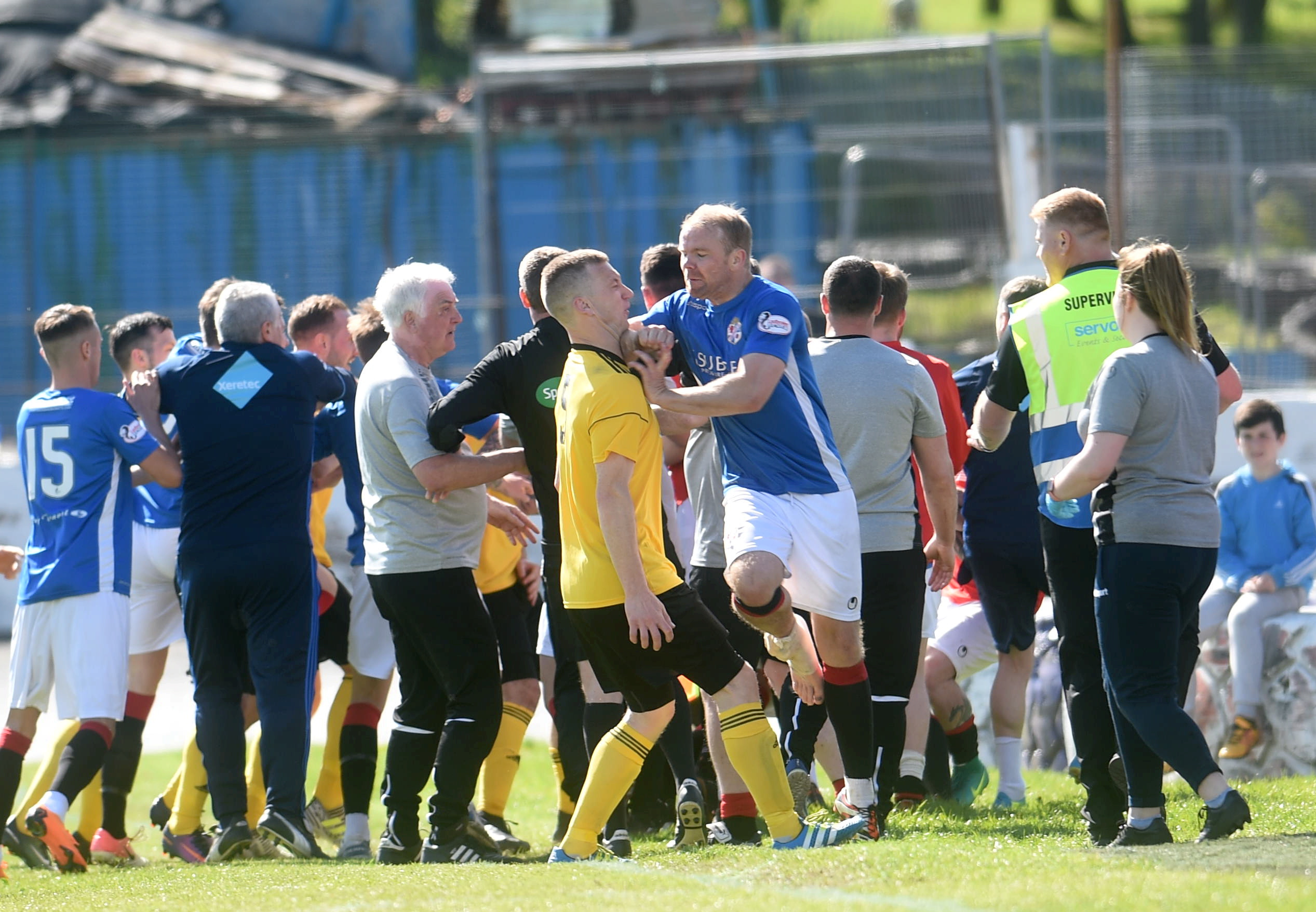 Cowdenbeath's Bryan Gilfillan punching Eric Watson, an incident after which the Cove skipper was sent off in the League Two play-off final last summer.