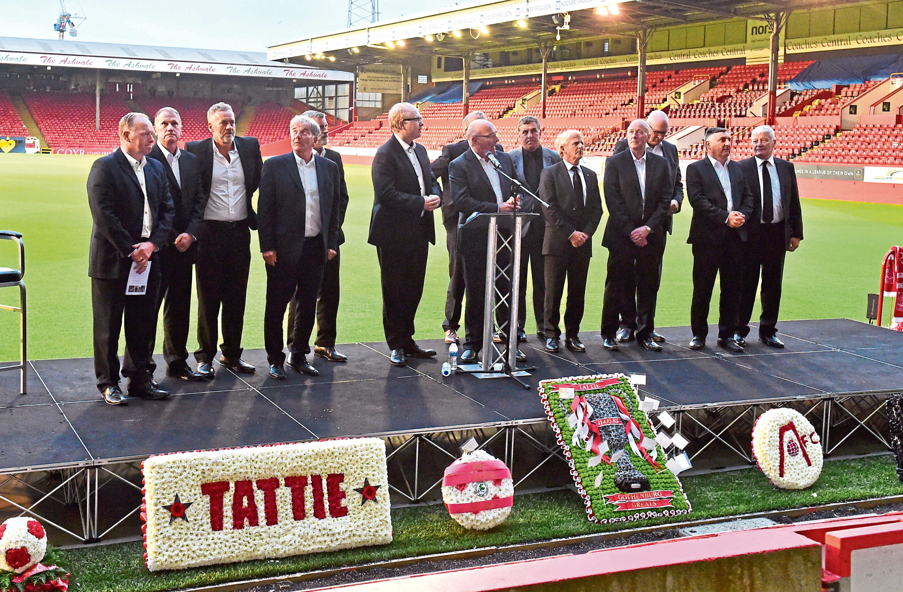 Willie Miller with the rest of the famous Gothenburg Greats.