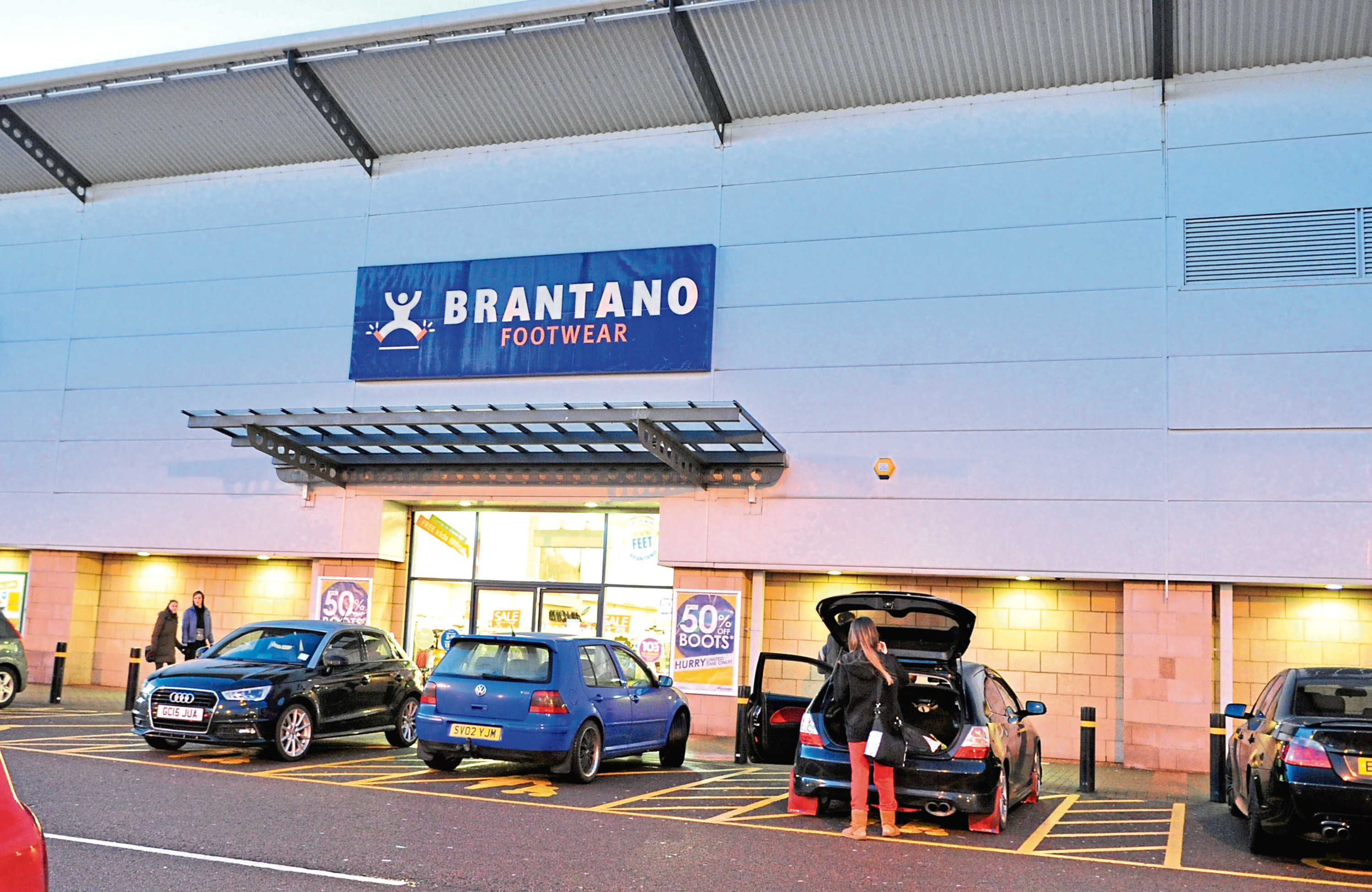 Proposals have been submitted to Aberdeen City Council for a Costa Coffee within the former Brantano outlet at the Beach Boulevard