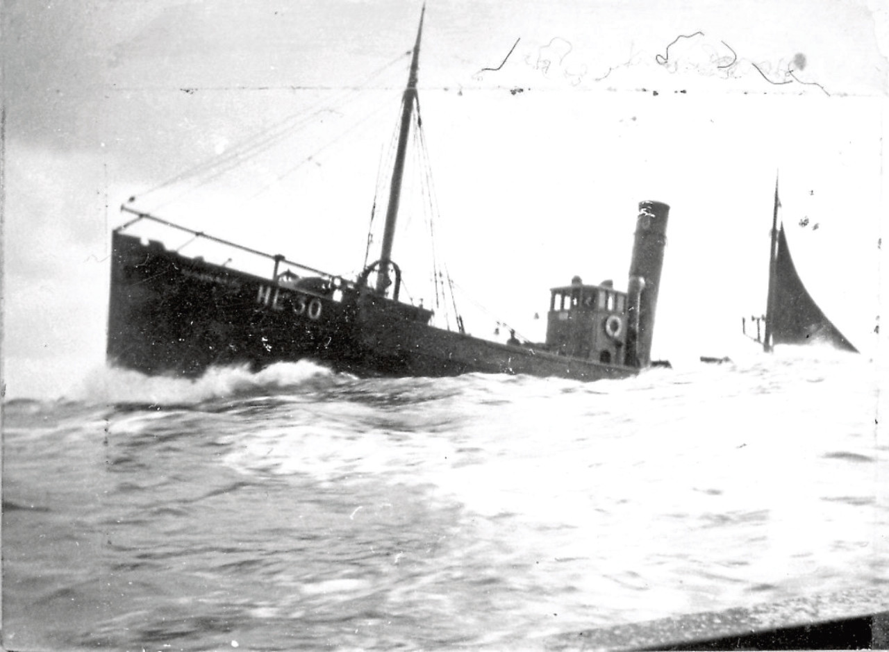 A similar boat to the Kathleen Burton
