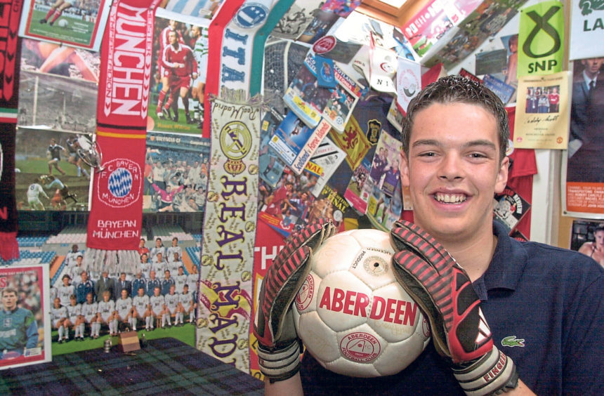 Scott Thomson received an Aberdeen Lions Club Community Service Award in 2001 for representing Torry at the City Students Forum, being a buddy to younger pupils and he was the goalkeeper in the school football team