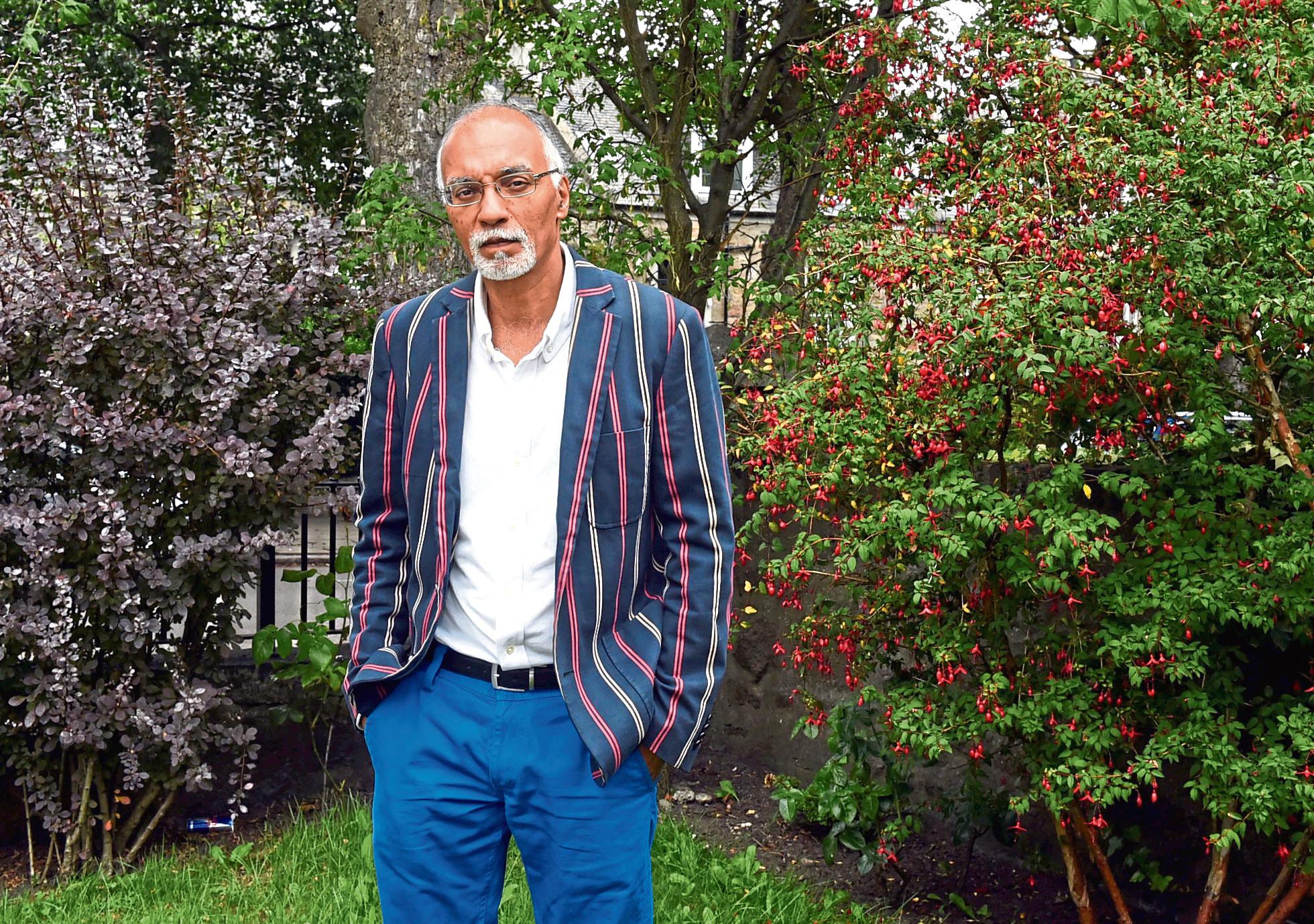 Dr Izhar Khan
