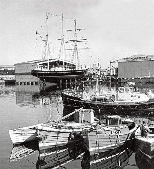 1971: The launch of the schooner Captain Scott from the Herd and Mackenzie shipyard