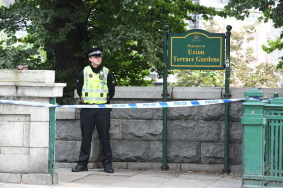 Police at the cordon at Union Terrace Gardens
