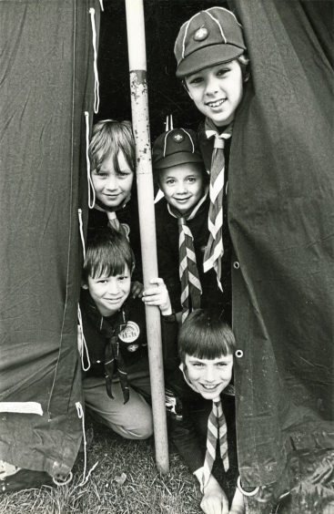 1986: David Nicolson, Kevin Robertson, Stuart Wilkens, and Scott and Gavin Downie