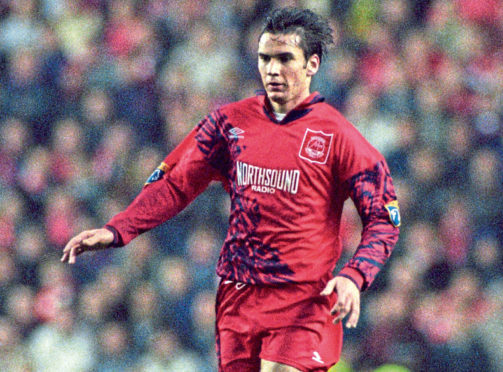 Stephen Glass in action for Aberdeen.