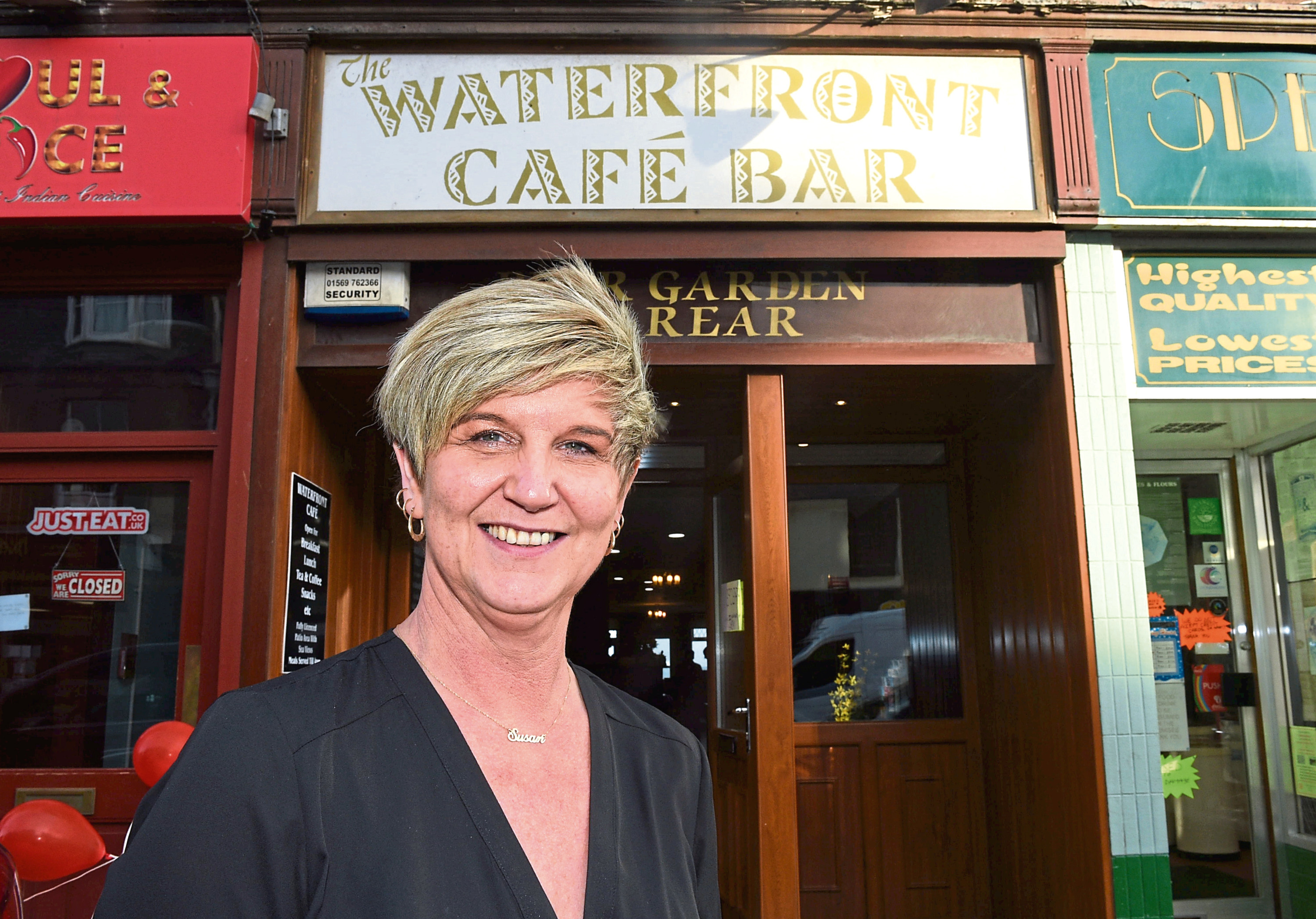 Susan Knowles at the Waterfront Cafe
