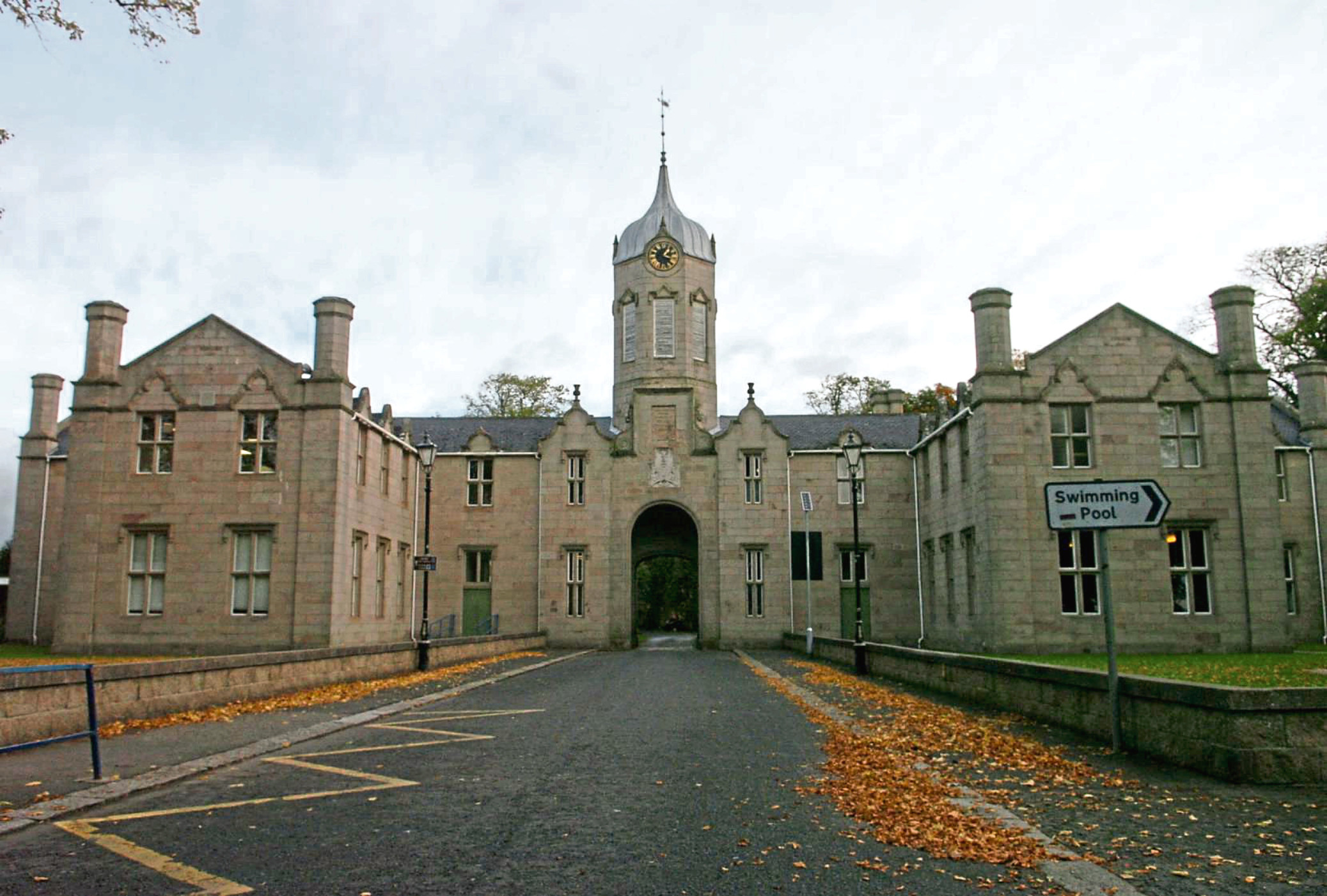 The Gordon Schools, Huntly
