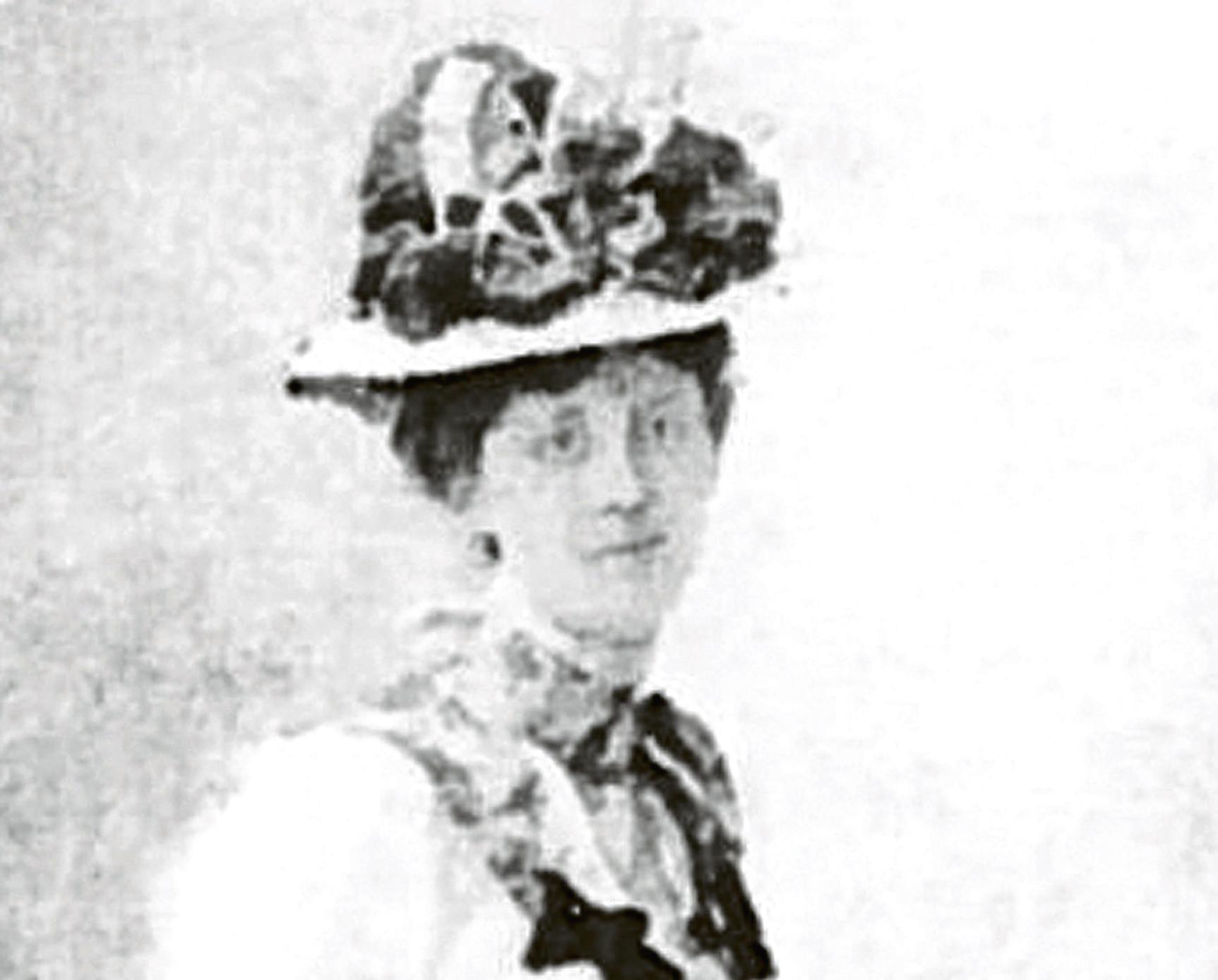 Pioneering journalist and votes activist Caroline Phillips