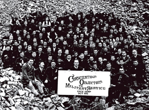 Conscientious objectors to military service at Dyce Camp during October 1916