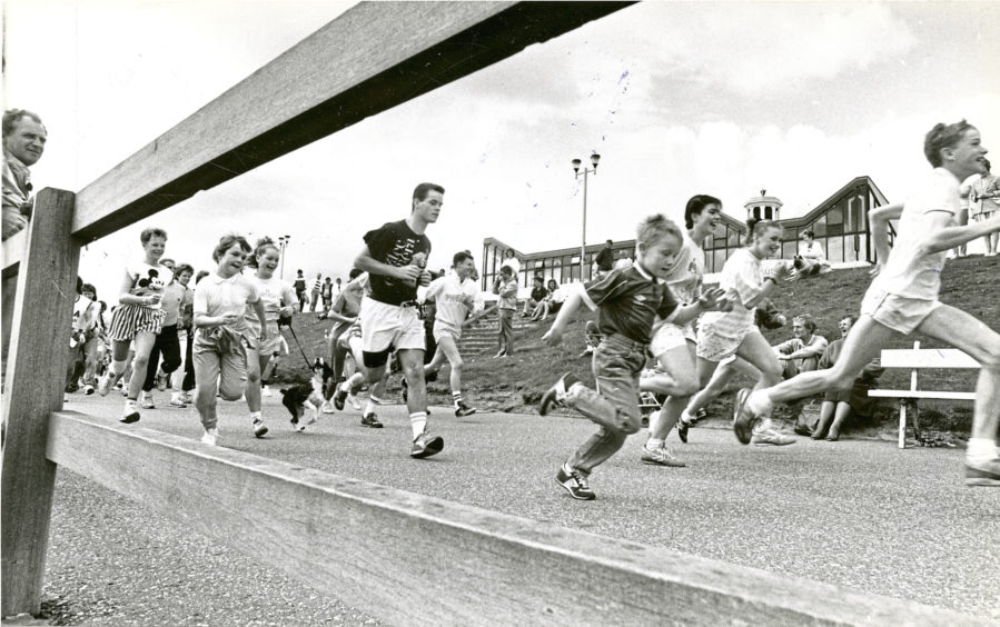 1988: Youngsters put their best foot forward for a charity fun run along the city's promenade