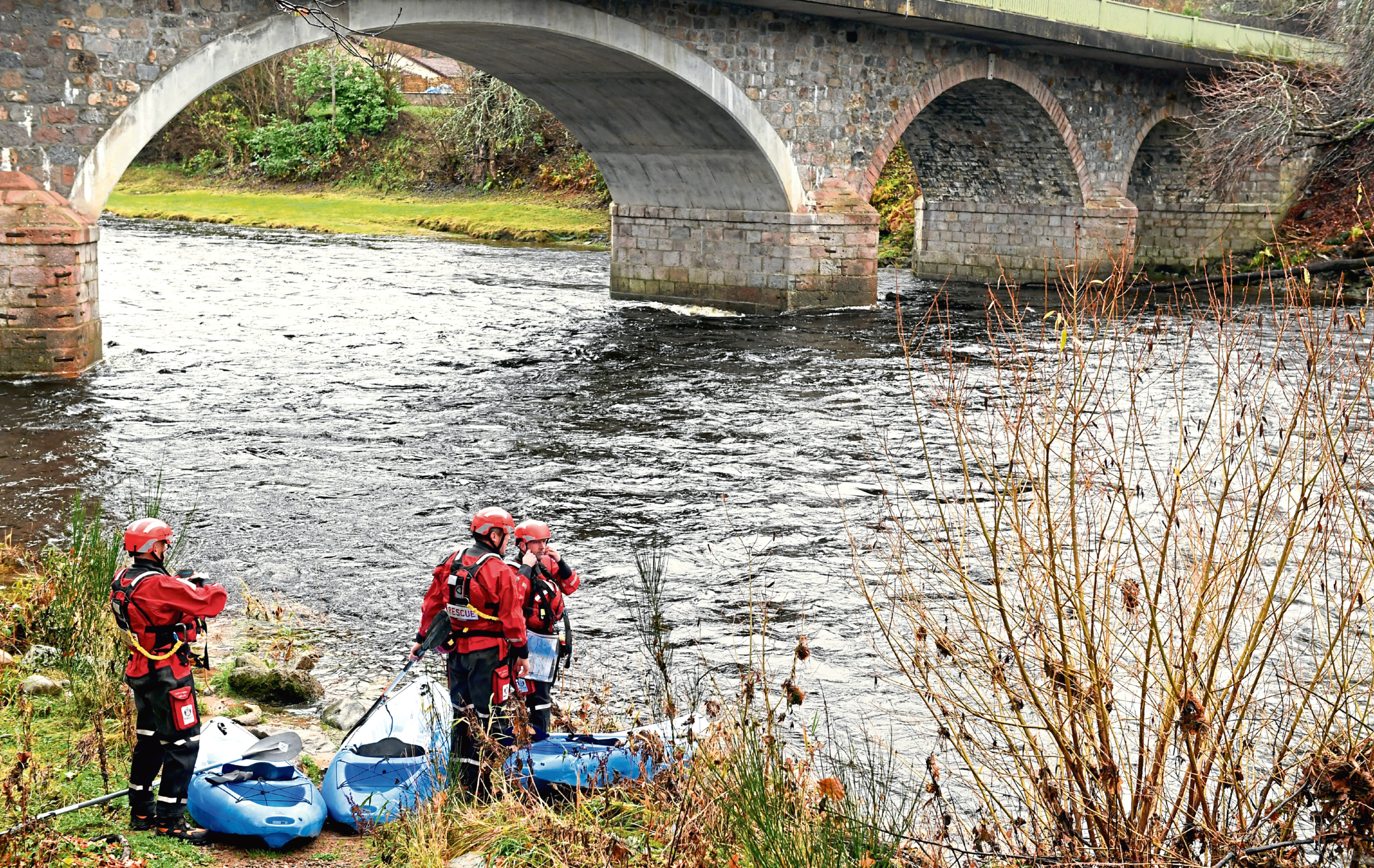 Police Scotland search down the River Dee from Banchory looking for missing teenager Liam Smith.