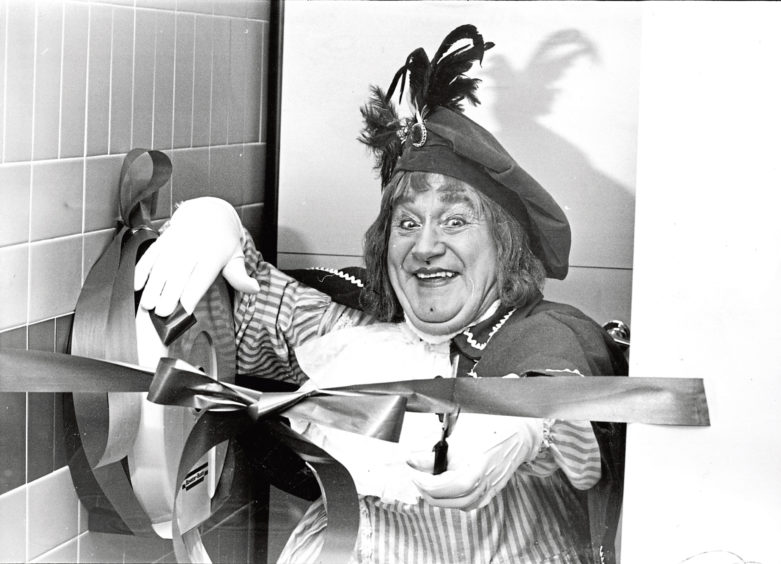 1985: Panto dame Len Howe smiles as he opens the new superloos at His Majesty's Theatre in Aberdeen