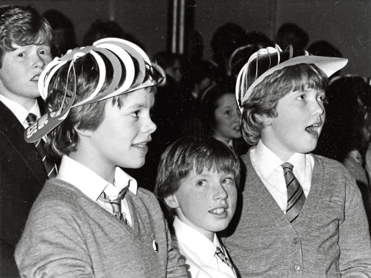 Mile End Primary kids in 1983