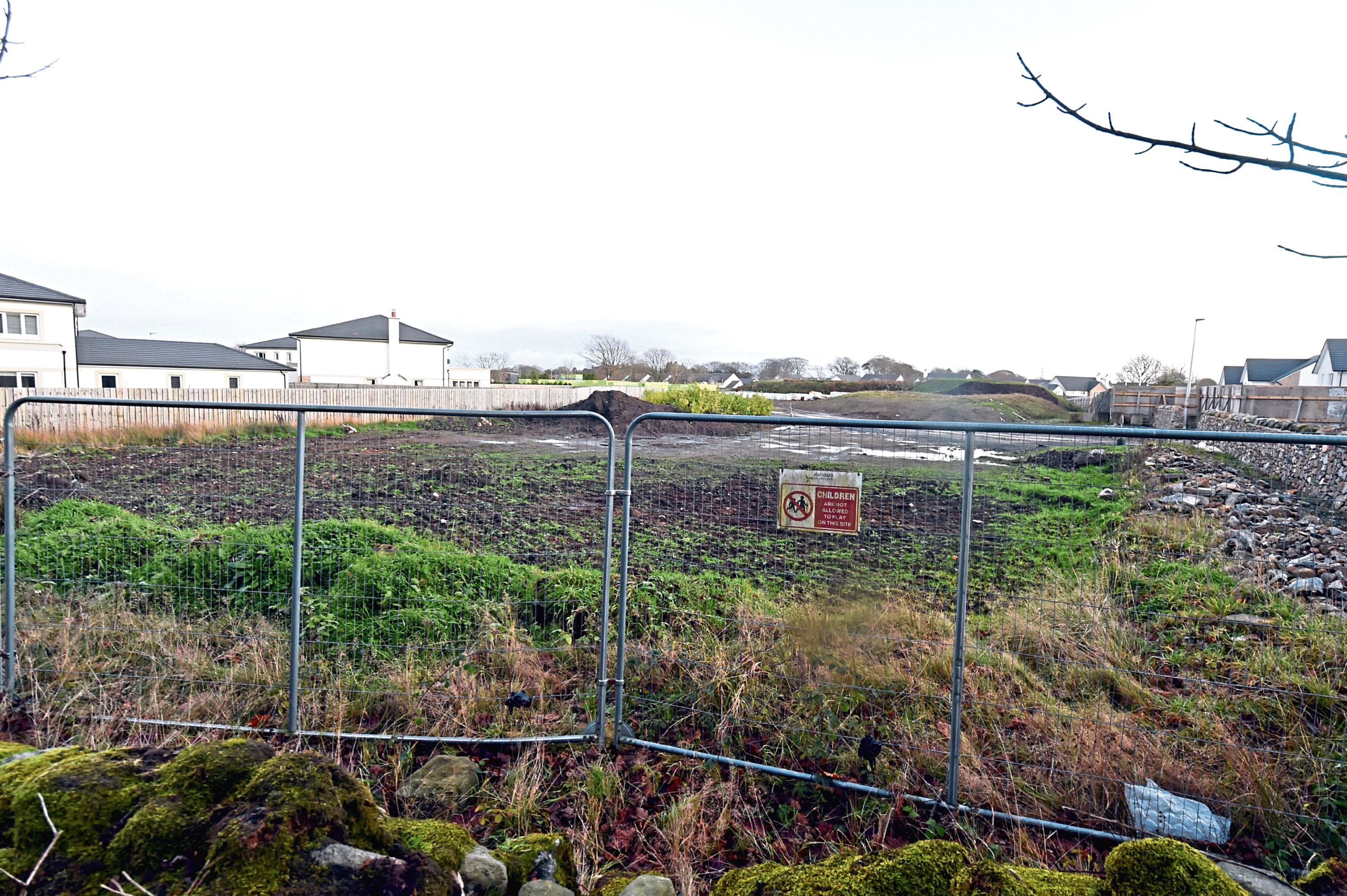 Plans have been passed to build more than 200 new homes on land south of Hazledene Road
