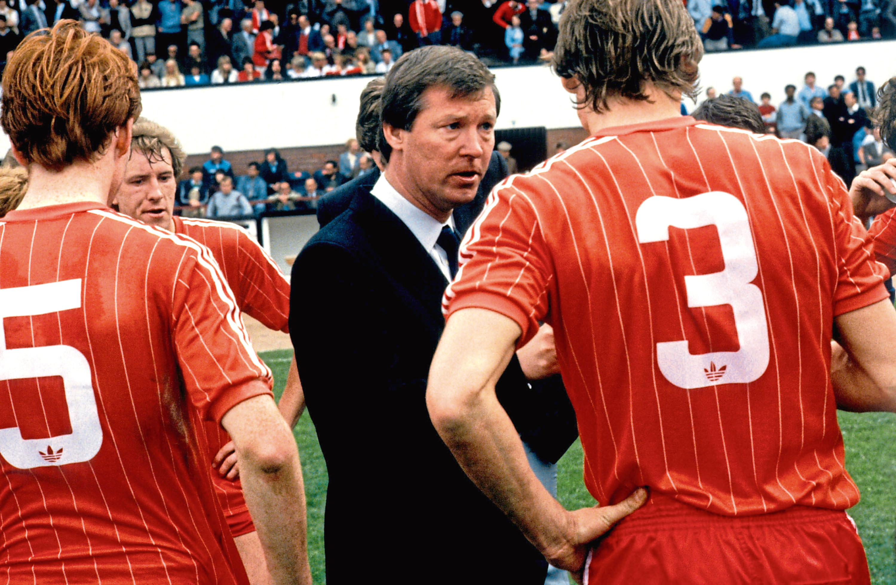 Aberdeen manager Alex Ferguson gives instructions to his players during the 1984 Scottish Cup final v Celtic.
