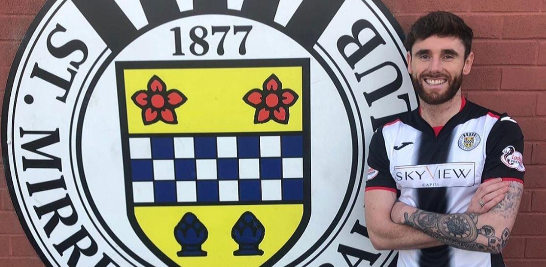 Greg Tansey signing for St Mirren.