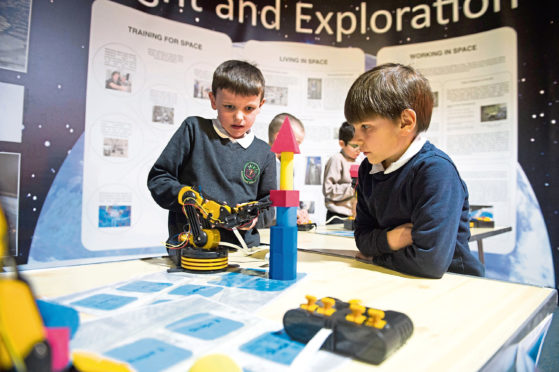 page 11 3004 Aberdeen,  Scotland, Tuesday 20th March 2018  NASA in Aberdeen   Inspiring the Next Generation  Aberdeen Science Centre   Picture by Abermedia