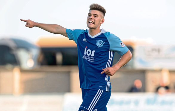 Jack Leitch in action for Peterhead