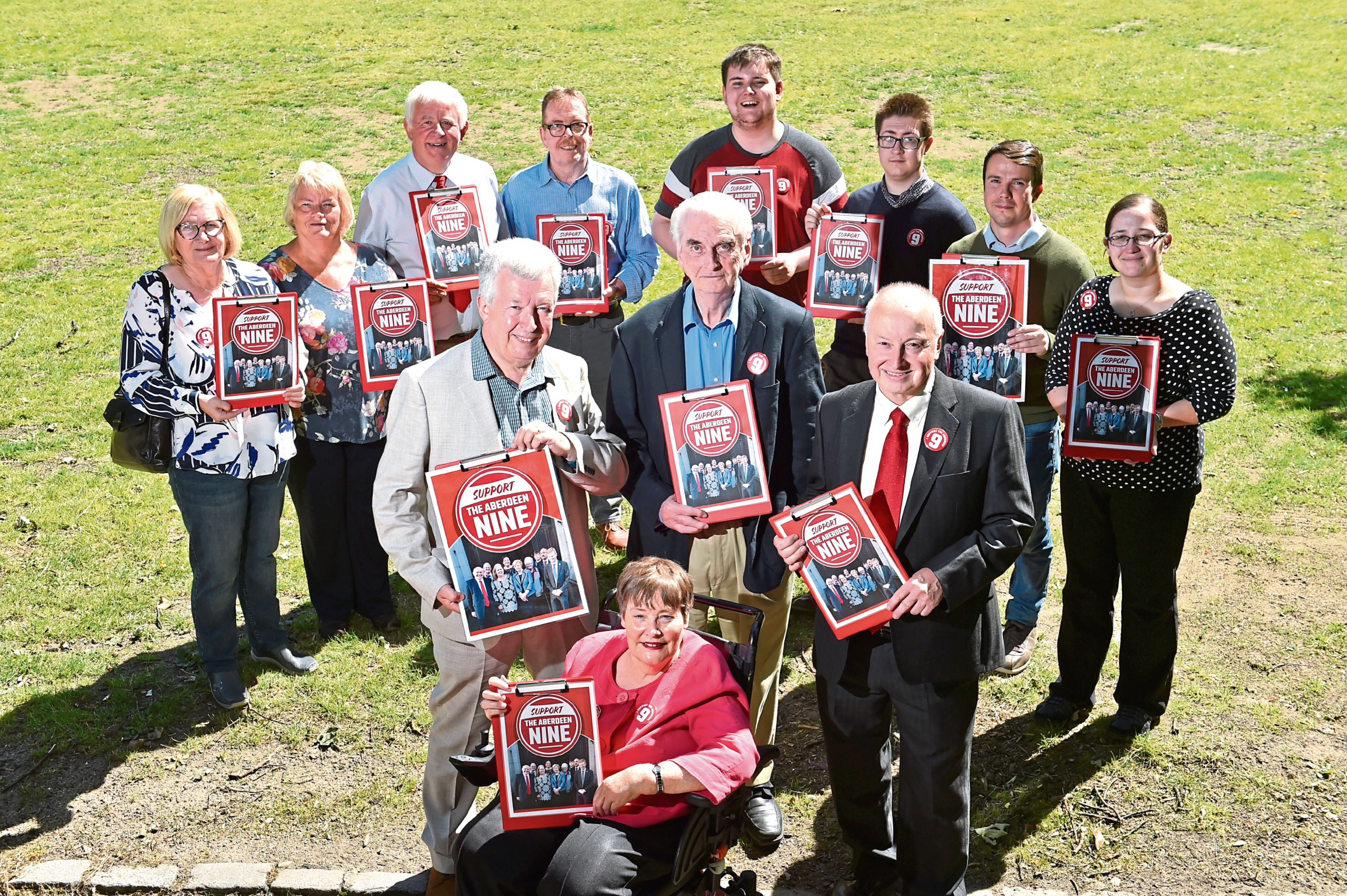 """Supporters of the """"Labour Nine"""" rebel councillors."""
