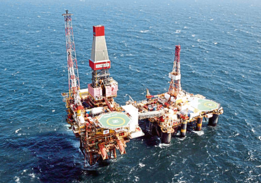 """Unite claims Total is """"pressuring"""" Aker Solutions and Petrofac members to change work rotations."""