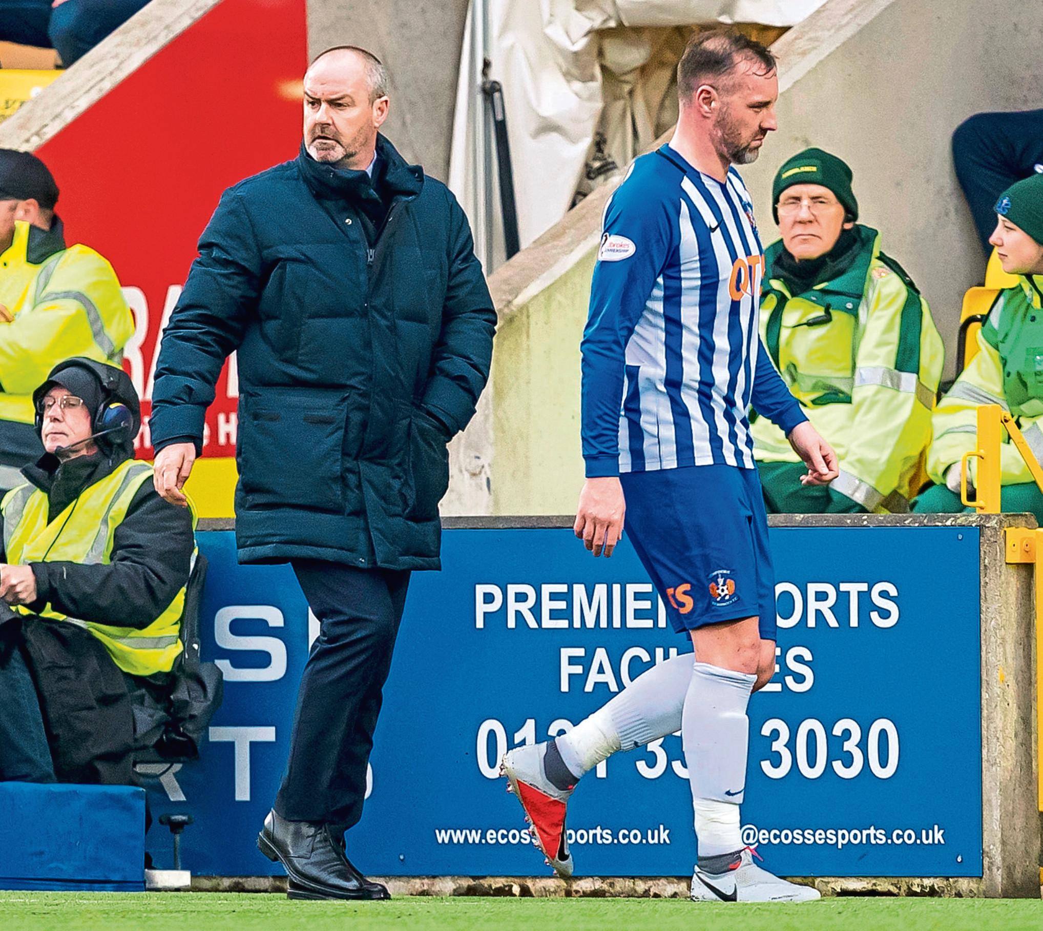 Kilmarnock manager Steve Clarke with Kris Boyd at full time against Livingston