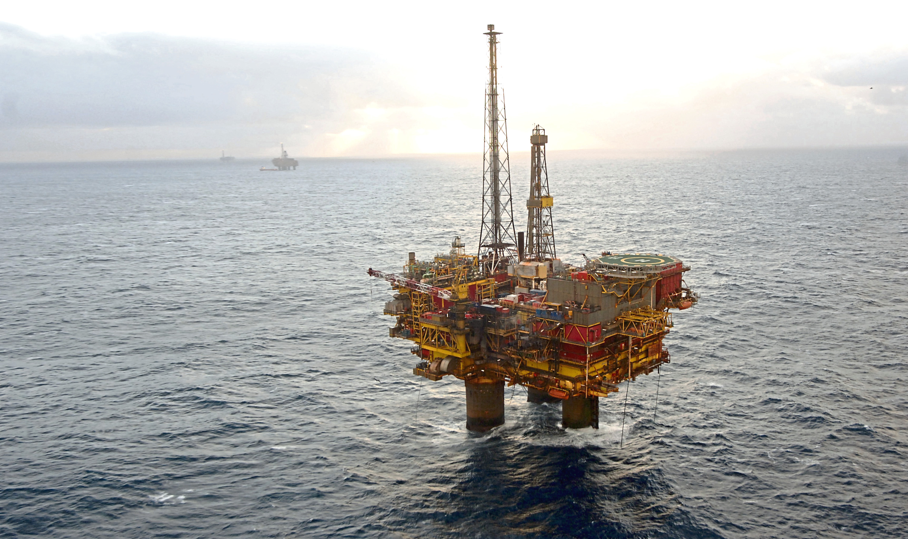 Offshore workers are being issued with a protective snood.