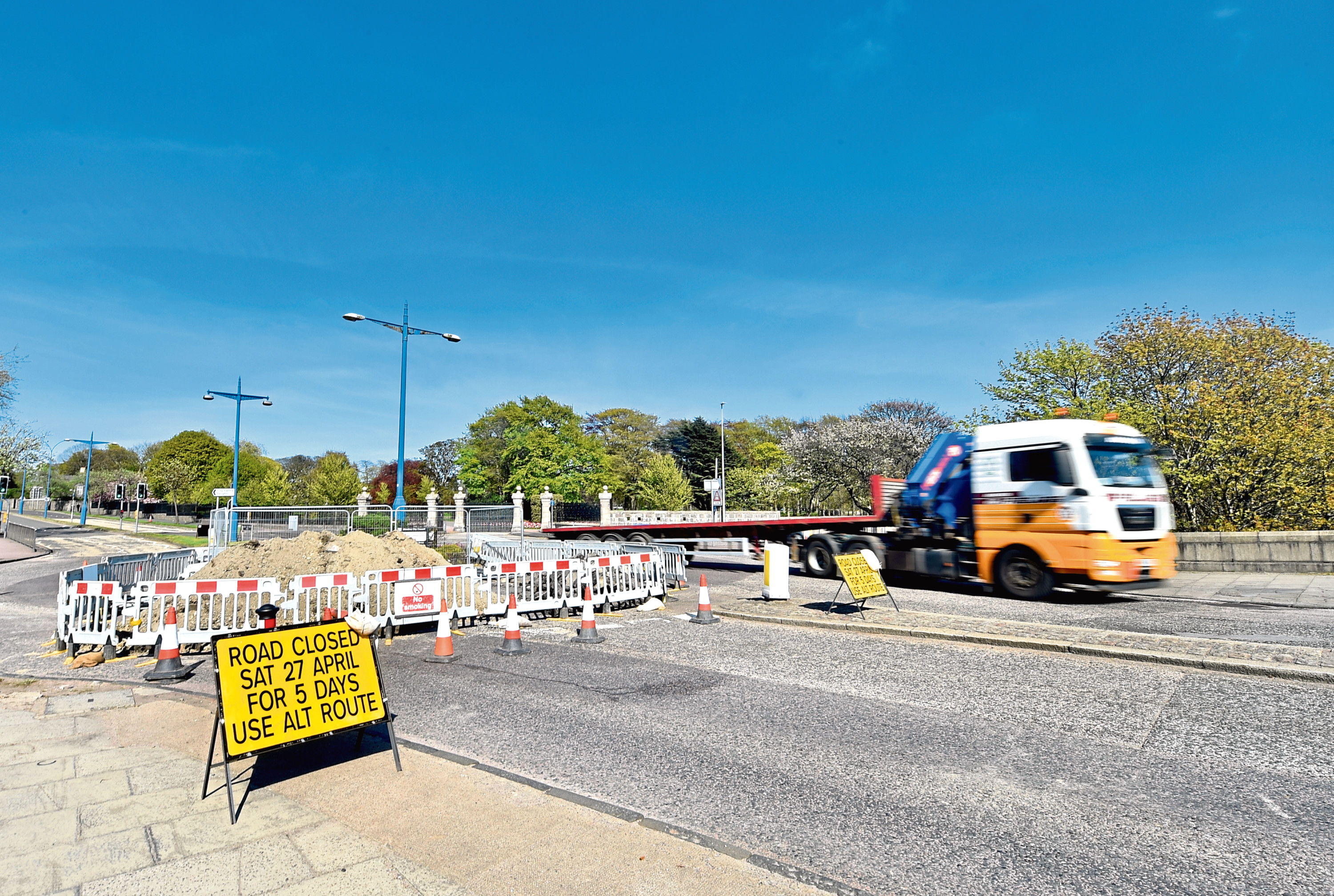 Works will continue for another week on the King George VI bridge