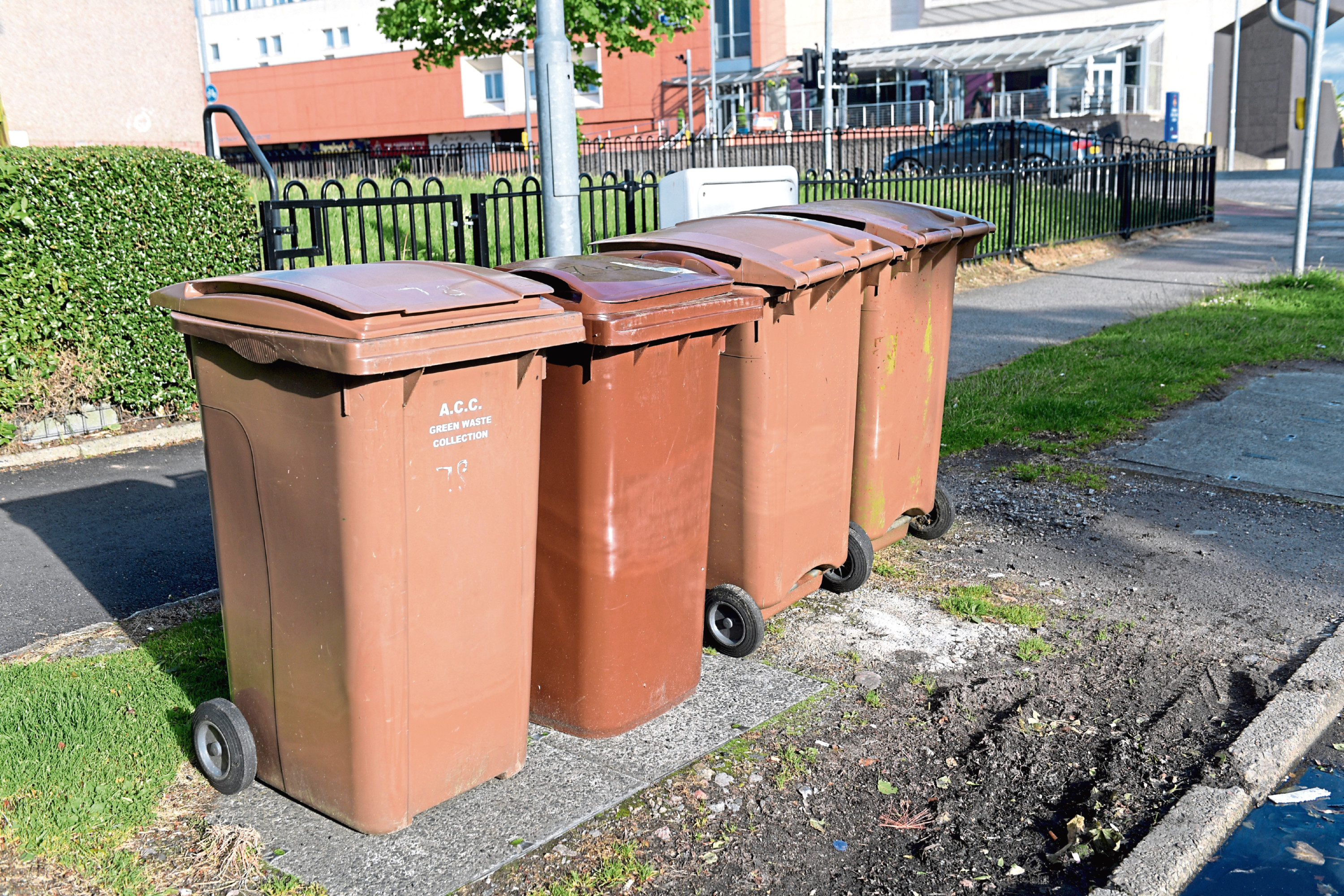 Aberdeen residents will need to pay a £30 a year charge for their garden waste to be uplifted