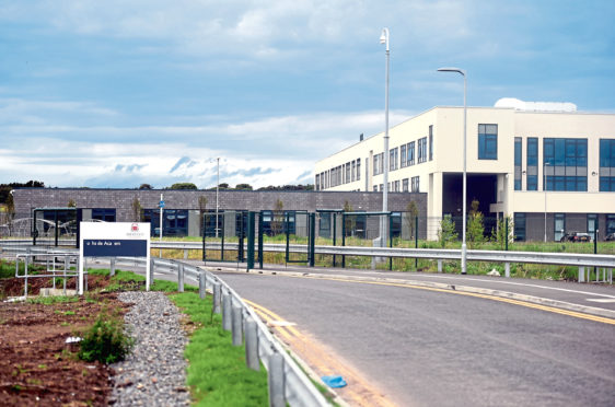 A survey has been carried out to record Lochside Academy pupils crossing Wellington Road