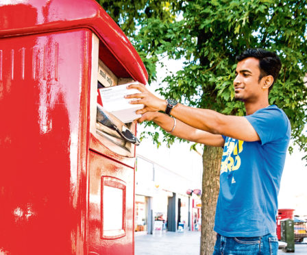 There will be 1,400 parcel postboxes introduced across the UK