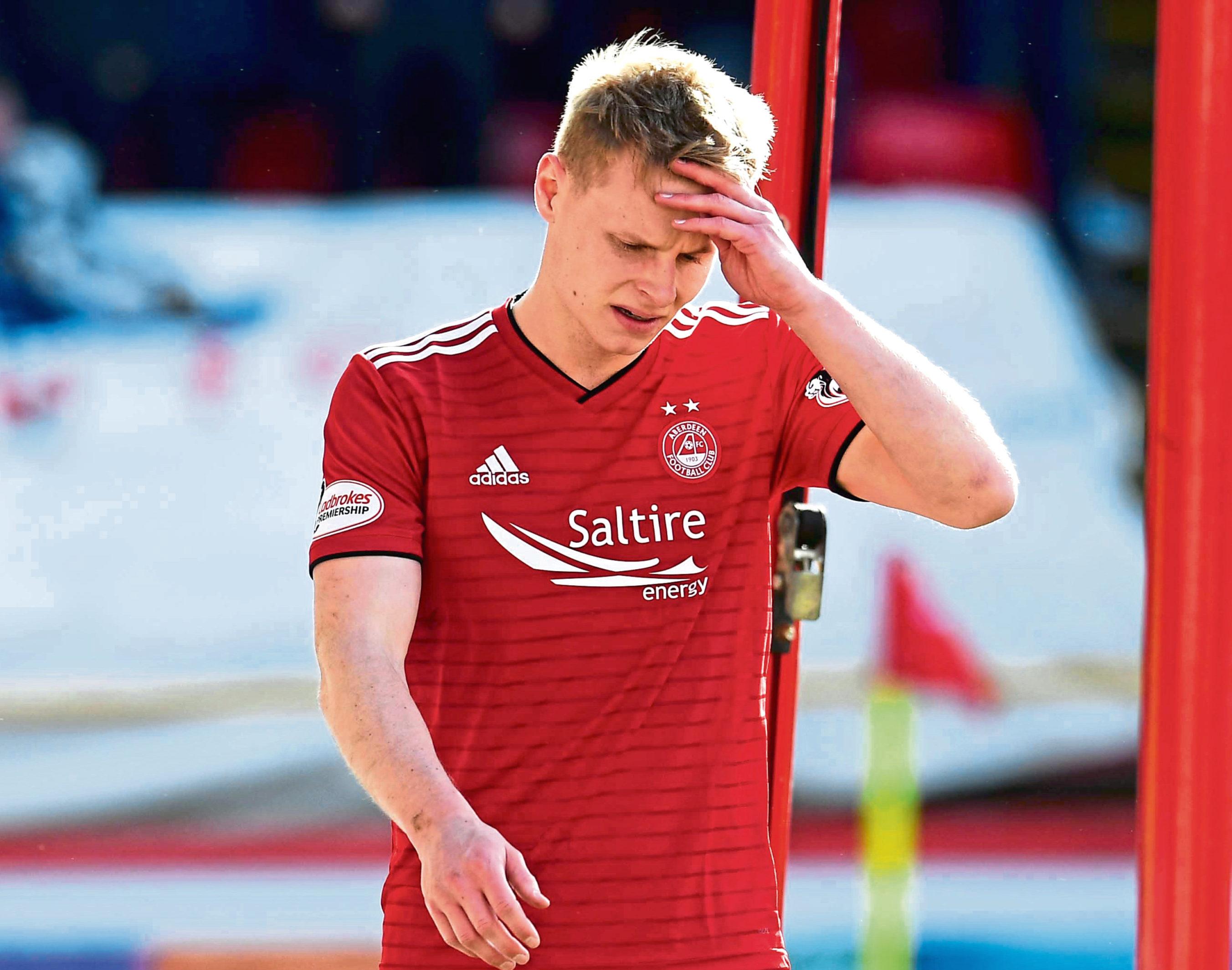 Gary Mackay-Steven has left Aberdeen.