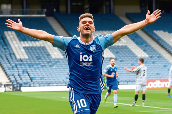Peterhead's Jack Leitch is staying with the club for next season